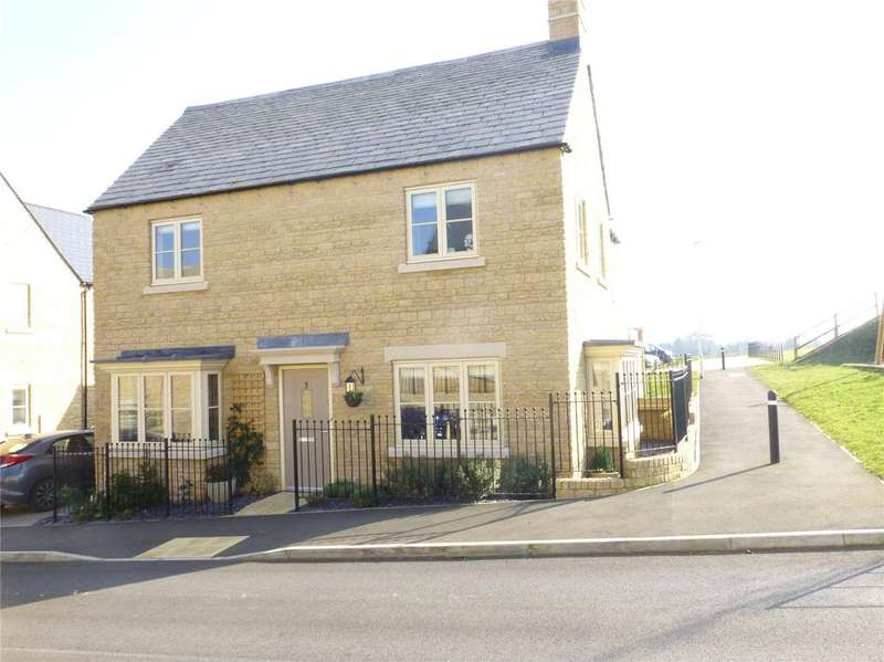 4 Bedrooms Detached House for sale in Spire View, Cirencester, GL7