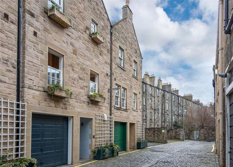 4 Bedrooms Garages Garage / Parking for sale in Atholl Crescent Lane, Edinburgh, Midlothian