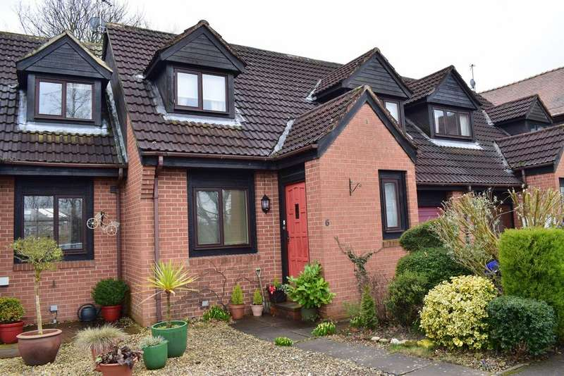 3 Bedrooms Town House for sale in Barleyfields Court, Wetherby, West Yorkshire, LS22 6FZ