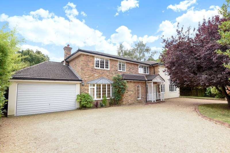 5 Bedrooms Detached House for sale in Claremont Lane, Claygate, KT10