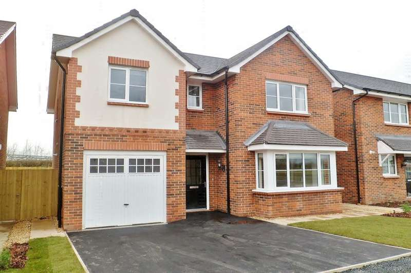 4 Bedrooms Detached House for sale in Fern Hill, Farndon, Chester, CH3