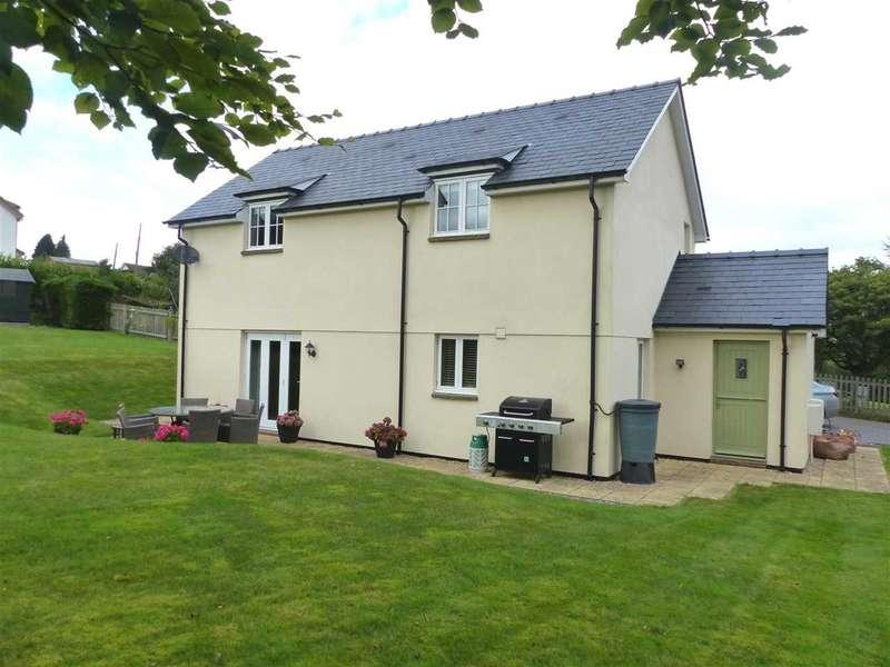 3 Bedrooms Detached House for sale in Oak Lodge, Mynyddbach, Shirenewton, Chepstow
