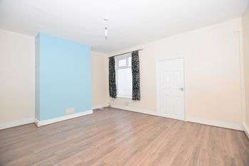 4 Bedrooms Terraced House for rent in Bath Street, Stoke-on-Trent, Staffordshire, ST4 7QR