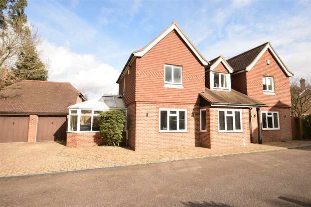 5 Bedrooms Detached House for sale in 4 Moat Close, Chipstead, Sevenoaks, Kent