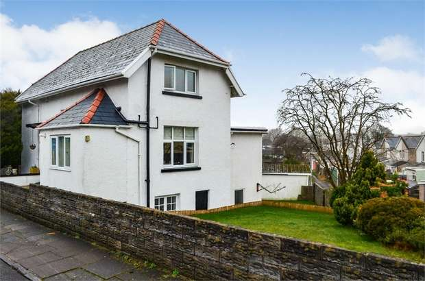 3 Bedrooms Detached House for sale in Park Grove, Aberdare, Mid Glamorgan