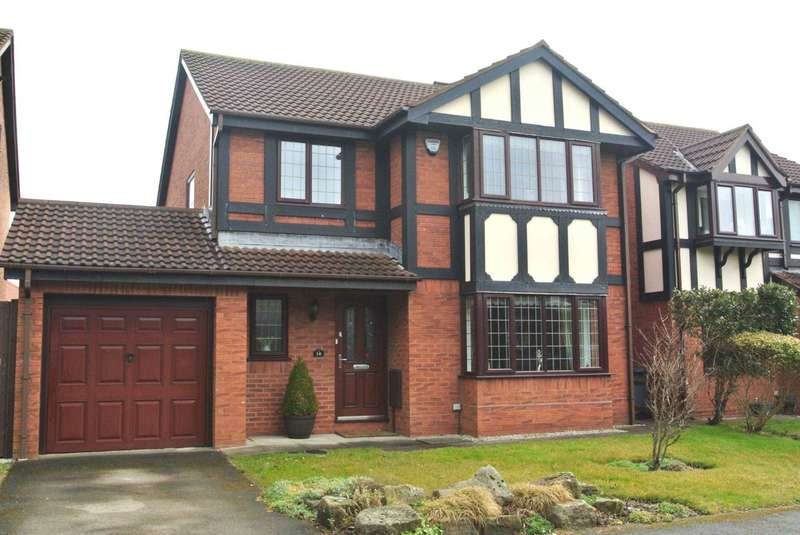 4 Bedrooms Detached House for sale in Oakwood Close, Blackpool, FY4 5FD
