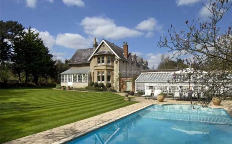 6 Bedrooms Villa House for rent in The Firs, Headington, OX3 0BT