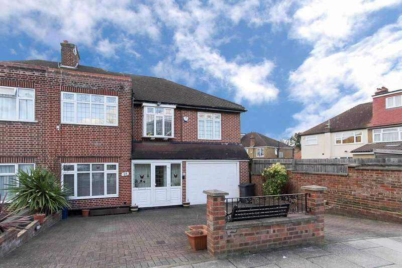 5 Bedrooms Semi Detached House for sale in Alders Road, Edgware, HA8