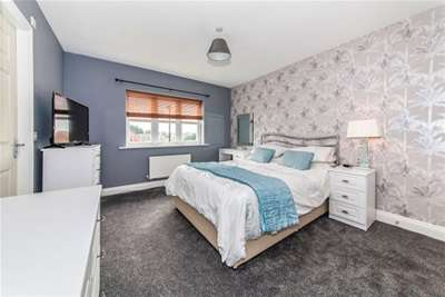 4 Bedrooms Detached House for rent in Merryweather Rise, Tunstall Green
