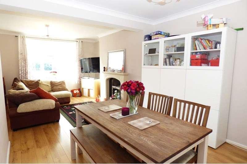3 Bedrooms Property for sale in Alanbrooke Row, Hebburn, Hebburn, Tyne and Wear, NE31 1UE