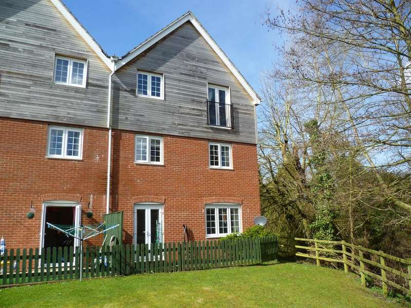 2 Bedrooms Flat for rent in Marina View, Fazeley, Tamworth