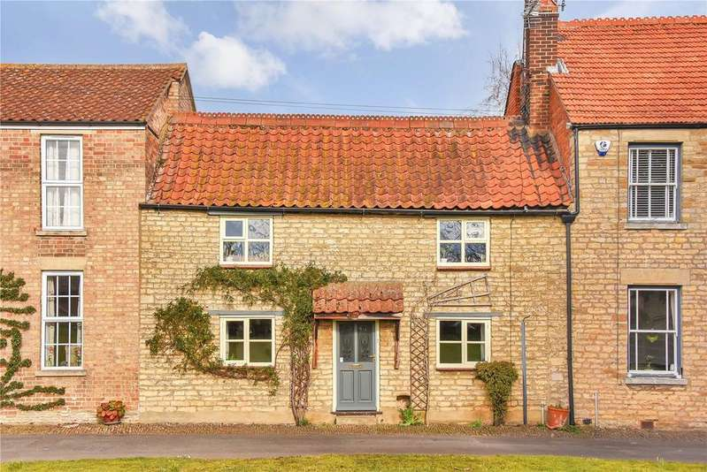 3 Bedrooms Terraced House for sale in Chestnut Close, Peakirk, Peterborough