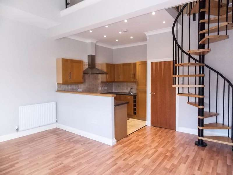 3 Bedrooms Flat for sale in River View Apartments, Blackhall Mill