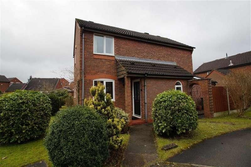 3 Bedrooms Detached House for sale in Kirkfield View, Leeds