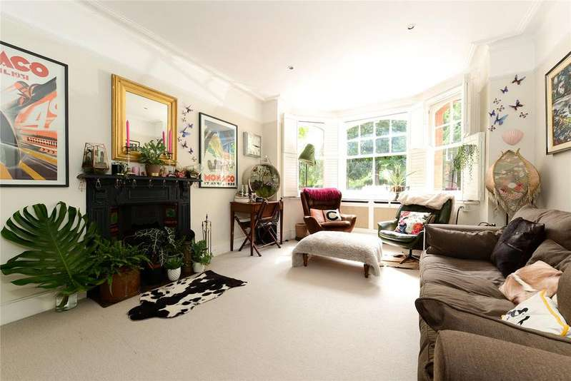 2 Bedrooms Apartment Flat for sale in Queens Club Gardens, London, W14