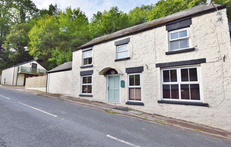 3 Bedrooms Semi Detached House for sale in LYDBROOK