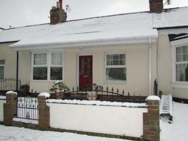 2 Bedrooms Terraced Bungalow for sale in PERCY STREET, HART LANE, HARTLEPOOL