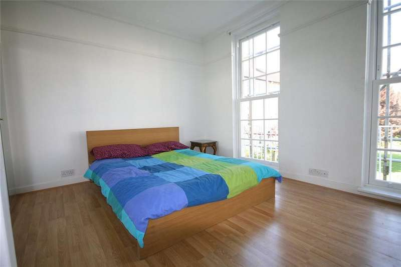2 Bedrooms Apartment Flat for sale in Barton Road, Barons Court, London, W14