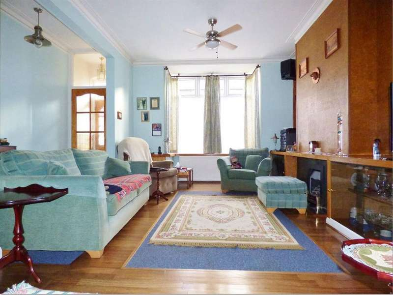 3 Bedrooms Terraced House for sale in York Road, Brentford, TW8