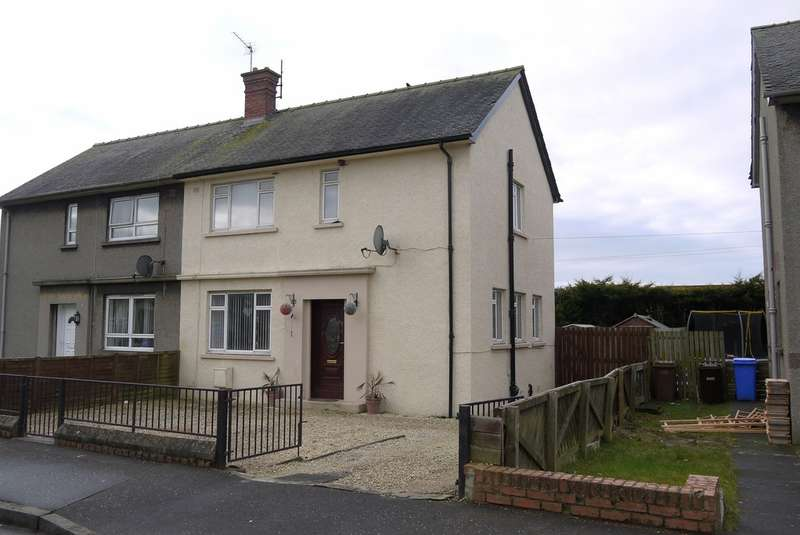 3 Bedrooms Semi Detached House for sale in Mossgreen Place, Ayr, KA6