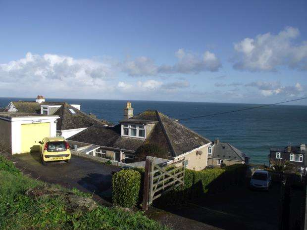 4 Bedrooms Detached Bungalow for sale in Westward Road, St. Ives, Cornwall