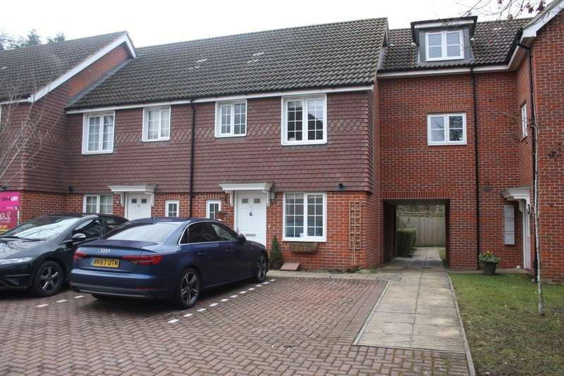 3 Bedrooms Terraced House for sale in Wayside, Winnersh, Wokingham, RG41