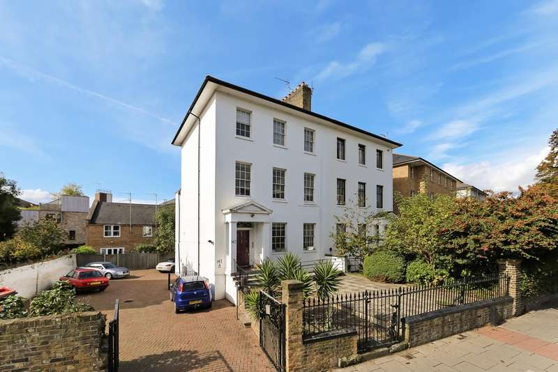 2 Bedrooms Flat for sale in Albion Road, N16 9JU