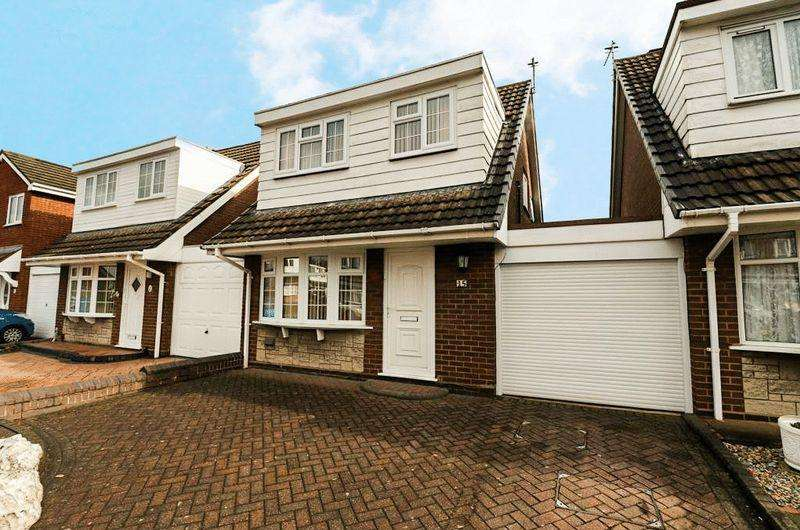 3 Bedrooms Link Detached House for sale in Napier Drive, Tipton