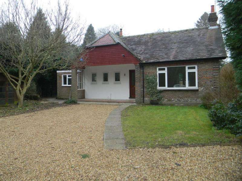 3 Bedrooms Bungalow for rent in BERKHAMSTED - Barncroft Road