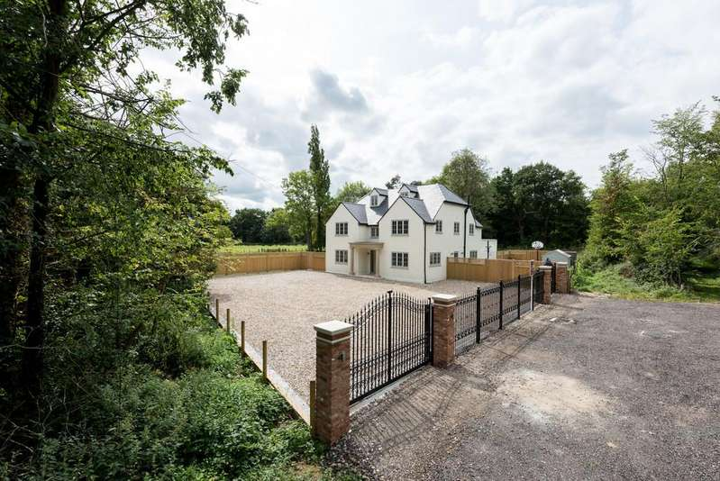6 Bedrooms Detached House for sale in Ongar