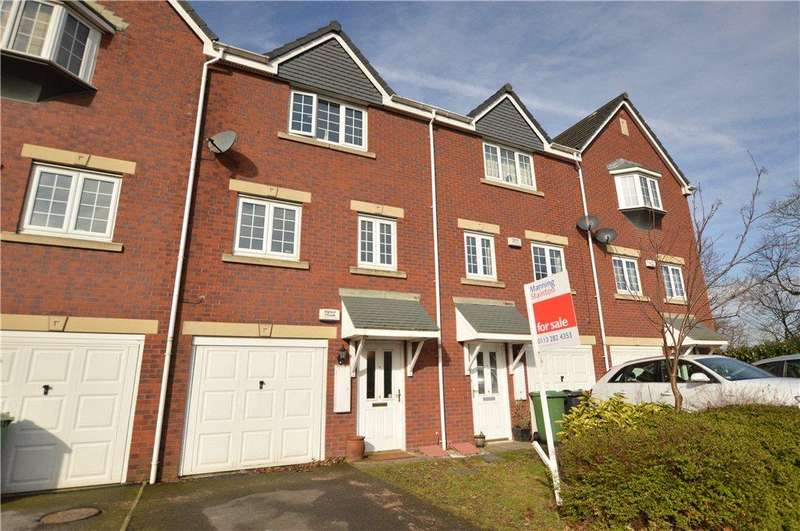 3 Bedrooms Town House for sale in Castle Lodge Avenue, Rothwell, Leeds, West Yorkshire
