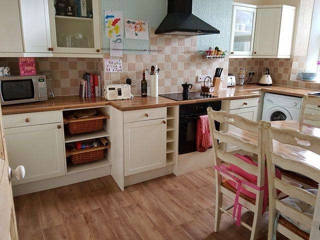 3 Bedrooms Terraced House for sale in Westbourne Road