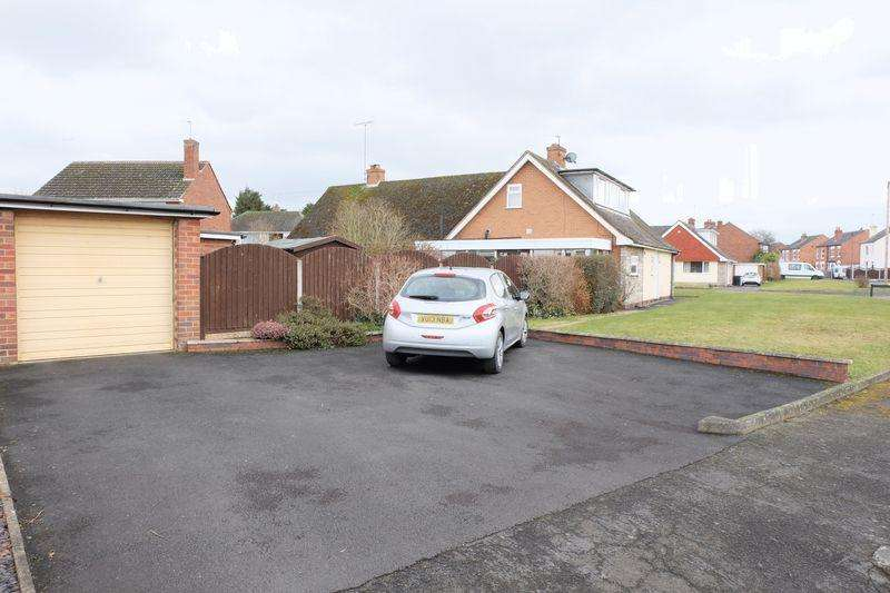 3 Bedrooms Semi Detached Bungalow for sale in Brindley Street, Stourport-On-Severn DY13 8JP