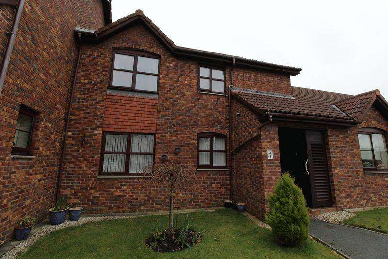 2 Bedrooms Apartment Flat for sale in Brimstage Green, Heswall