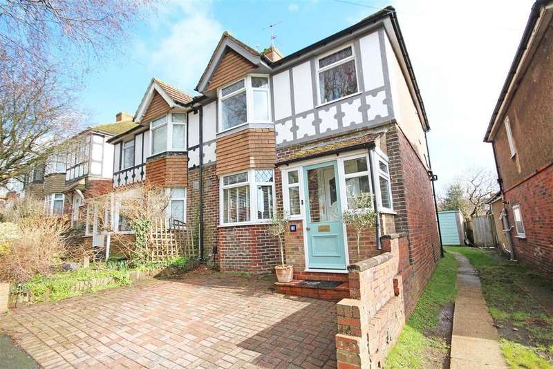 3 Bedrooms Semi Detached House for sale in Craignair Avenue, Patcham, Brighton