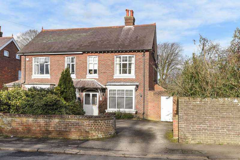 4 Bedrooms House for sale in Eskdale Avenue, Chesham, HP5