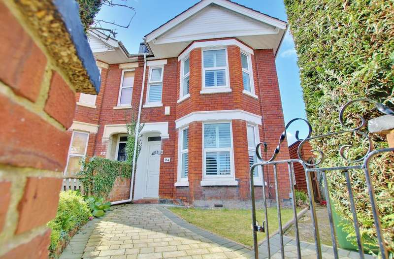 3 Bedrooms Semi Detached House for sale in Shirley, Southampton