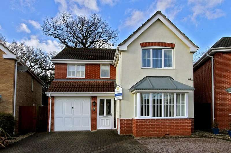 4 Bedrooms Detached House for sale in Byron Avenue, Dereham