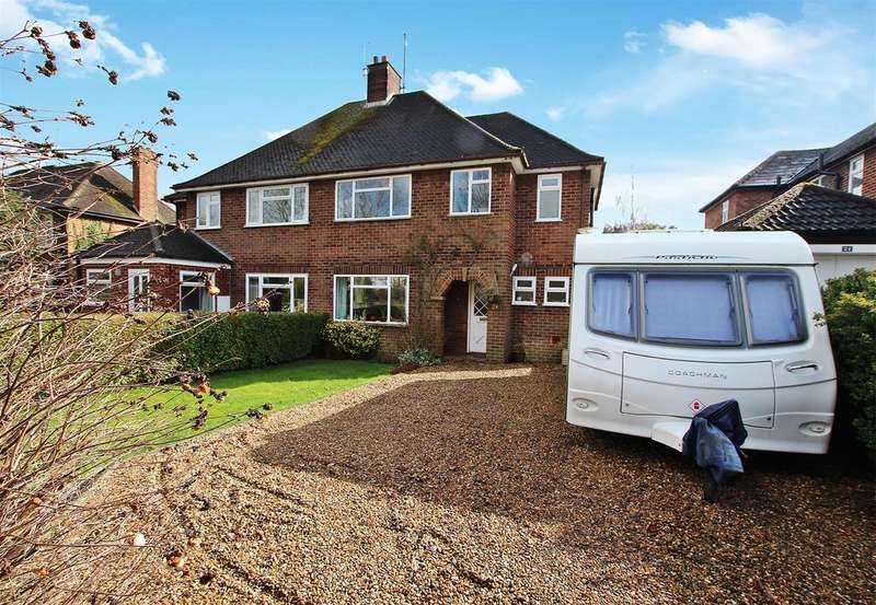 4 Bedrooms Semi Detached House for sale in Rock Lane, Leighton Buzzard