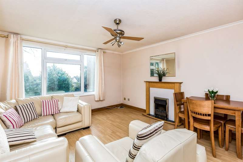 2 Bedrooms Ground Flat for sale in The Southra, Dinas Powys