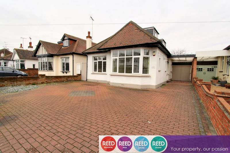 4 Bedrooms Bungalow for sale in St Augustine`s Avenue, Thorpe Bay
