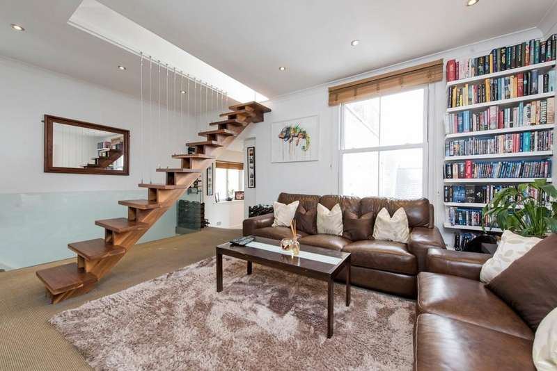 2 Bedrooms Flat for sale in Bolingbroke Grove, Battersea, London
