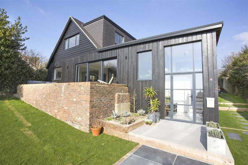 4 Bedrooms Detached House for sale in Welesmere Road, Brighton, East Sussex