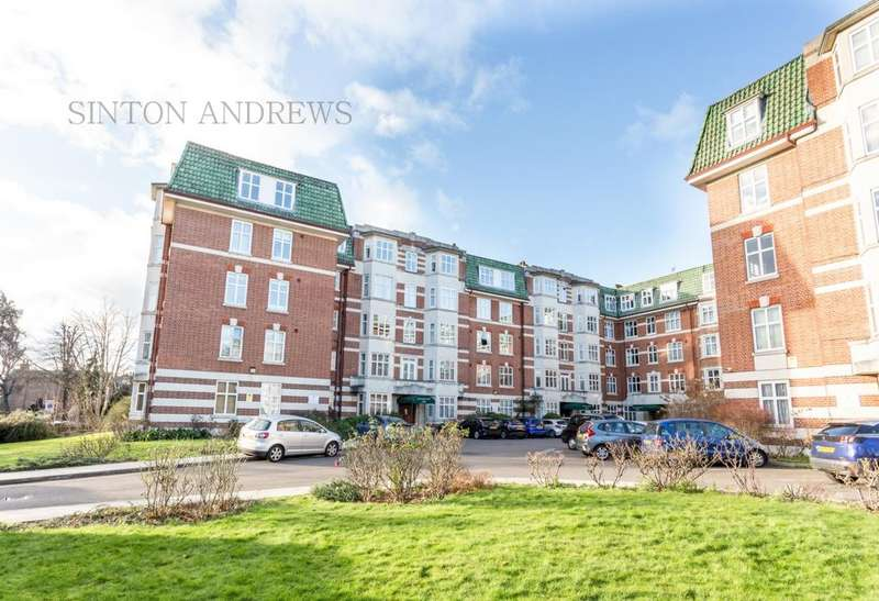 3 Bedrooms Flat for sale in Haven Green Court, Ealing, W5
