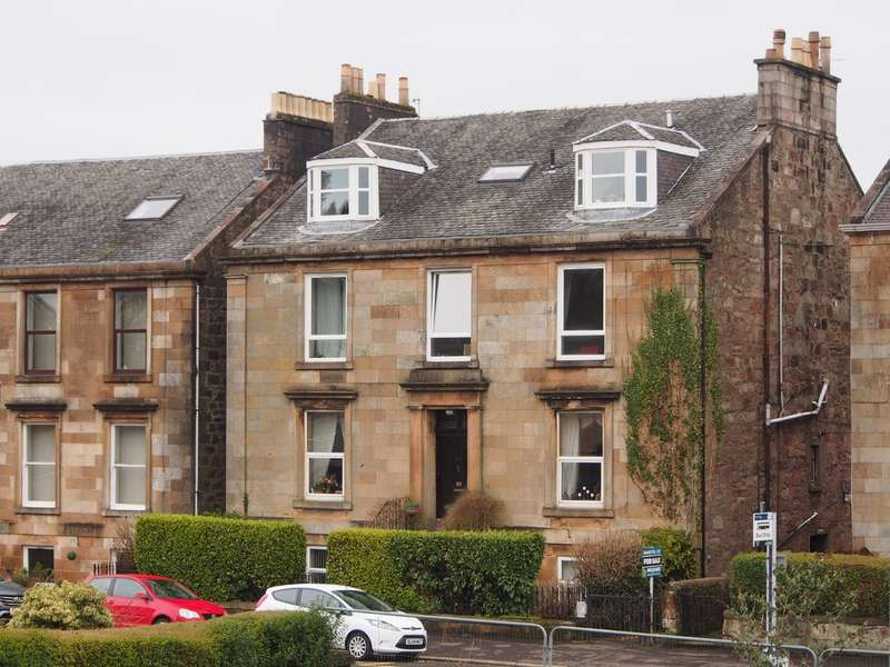 3 Bedrooms Apartment Flat for sale in Eldon Street, Greenock PA16