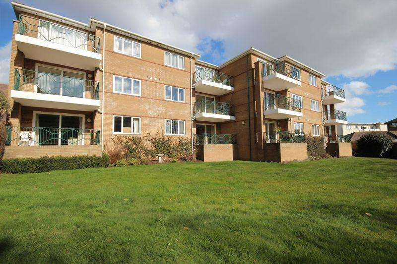 2 Bedrooms Flat for sale in Wollaston Road, Southbourne, Bournemouth