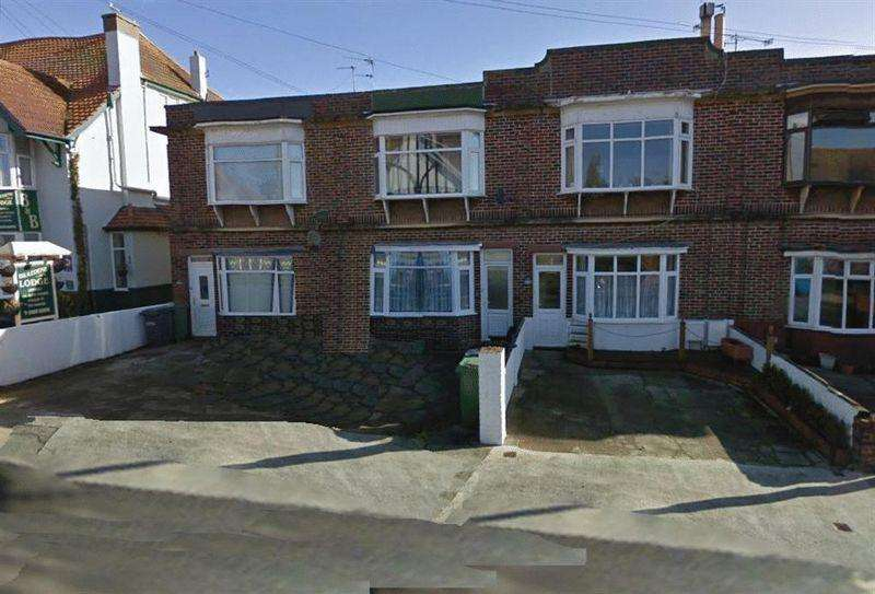 2 Bedrooms Flat for rent in 20D GFF Manor Road, PAIGNTON TQ3 2HR