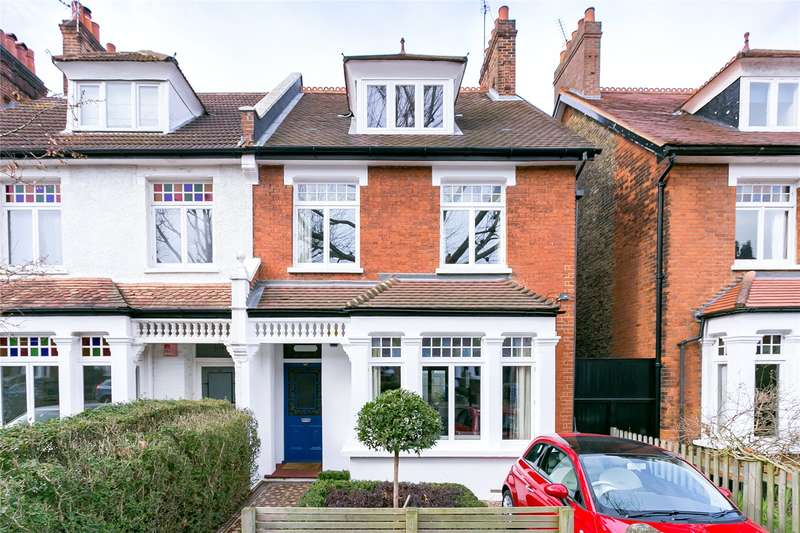 5 Bedrooms Semi Detached House for sale in Grove Park, London, SE5