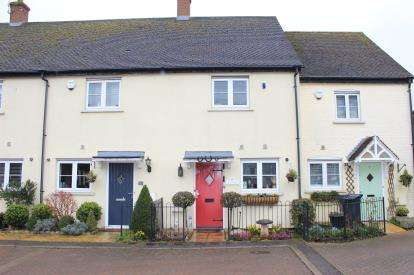2 Bedrooms House for sale in Abridge, Romford, Essex