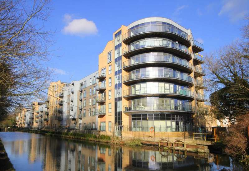 2 Bedrooms Apartment Flat for sale in 2 DOUBLE BED with ENSUITE to MASTER and OUTSTANDING LARGE TERRACE in NASH MILLS WHARF.